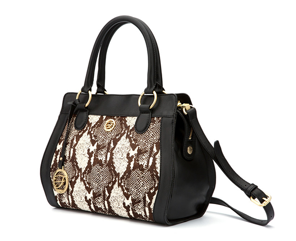 In General The Handbag Color Should Not Be Too Bright Eye Catching Neutral Is Considered As Most Ideal